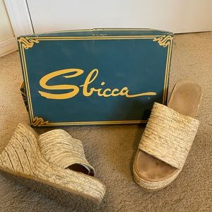 Sbicca Shoes - Vintage Sbicca Wedges w/ Box